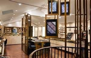 Garden State Mall Burberry Burberry Reveals Caign Of Fresh