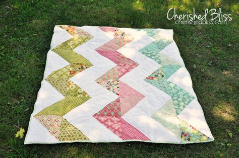 double zig zag quilt pattern family ever after once upon a weekend link party 53