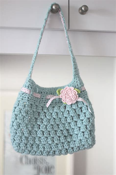 crochet bag written pattern free crochet pattern bobble licious bag crocheted bags