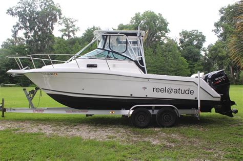robalo boats walkaround 2000 used robalo 2640 walkaround re powered center console