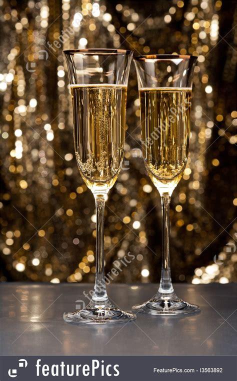 champagne glasses picture