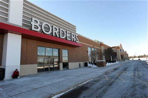 waldenbooks history borders rise and fall a timeline of the bookstore chain