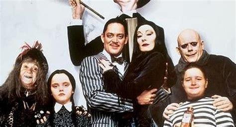 imagenes de la familia monster gratis la familia addams vuelve al cine con brutales