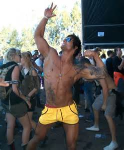 zyzz facebook body building aesthetics feminism