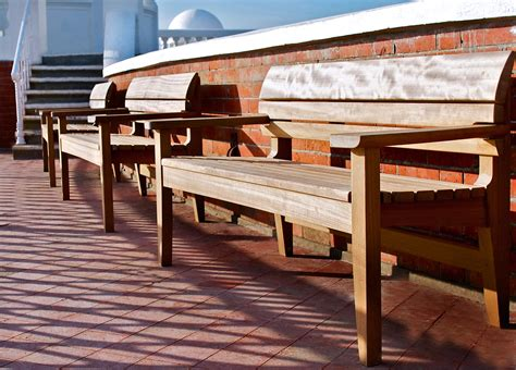 bench mark furniture chico low table garden benches from benchmark furniture architonic