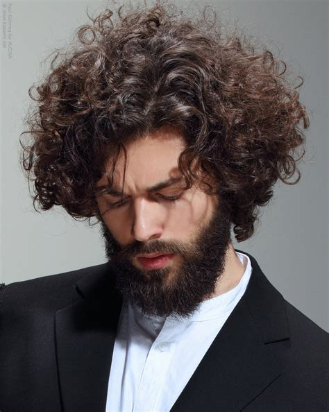Best Haircut For Long Face And Wavy Hair