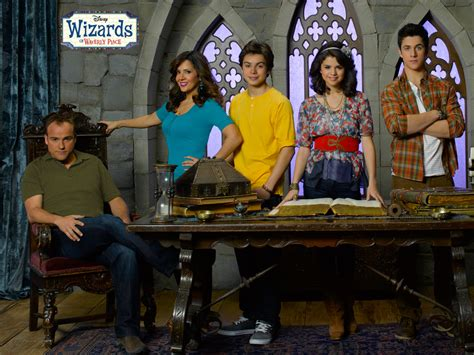 Wizards Of Waverly Place Season 4   wizards of waverly place season 4 cast wallpaper by dj