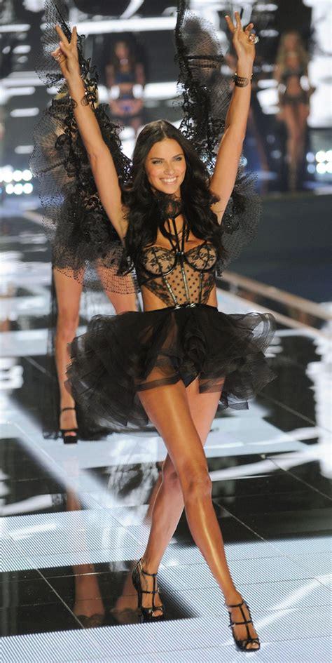 Yoga For Pelvic Floor by Adriana Lima 2014 Victoria S Secret Fashion Show Runway