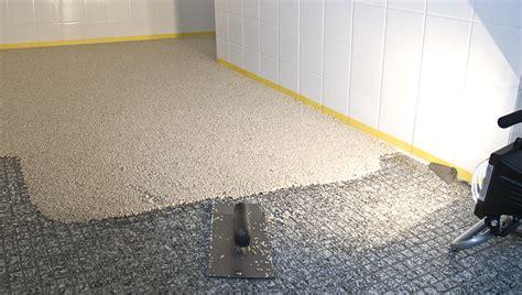 kleine badezimmerboden fliese badezimmer boden m 246 belideen