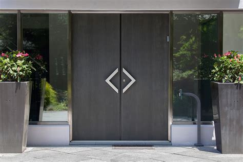 Metal Doors by Stein Residence Forms Surfaces