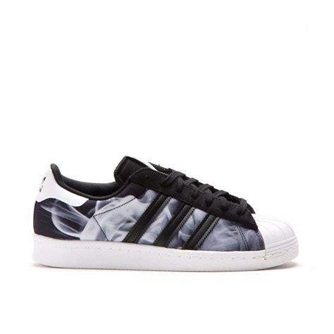 Adidas Supertar Classic B W adidas x ora superstar 80 s w black white