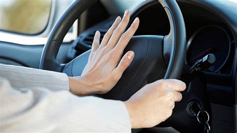 Hupe Auto by 5 Reasons Turks Use Their Car Horn