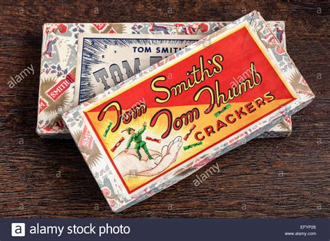 christmas cracker decorations images fashioned tom thumb crackers tree decorations boxed stock photo 78671326 alamy