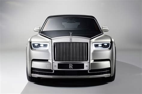 future rolls royce phantom new 2018 rolls royce phantom wafts in is this the best