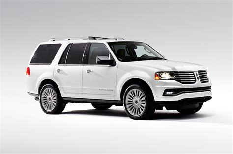 lincoln navigator 2015 lincoln navigator first look photo gallery motor trend
