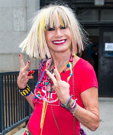 Apartment Designer by Betsey Johnson Lists N Y C Condo For 2 25 Million