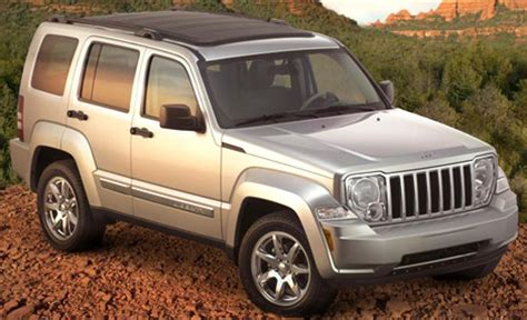 Jeep Liberty Problems Jeep 2010 Ofrece 2 Motores Que Est 225 N Asociados A