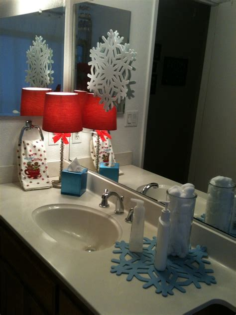 decorating ideas for the bathroom 20 amazing christmas bathroom decoration ideas feed