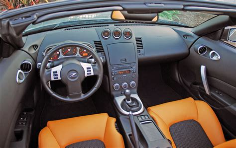 Z350 Interior by Nissan 350 Z Roadster Photos And Comments Www Picautos