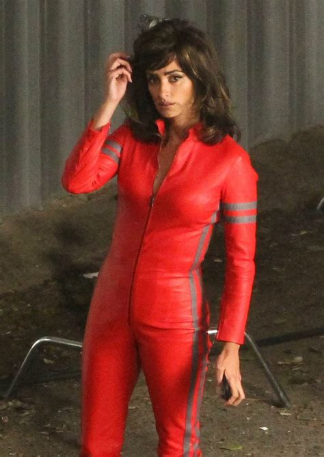 Jumpsuit Set Salma Y Kulot penelope in jumpsuit on the set of zoolander 2 in