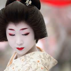 Traditional japanese geisha makeup the geisha charges full