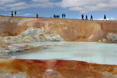wandlen aus gips island wandern in einer welt aus eis licht und lava