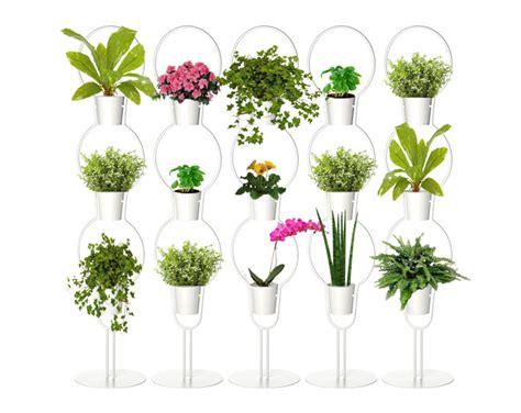 DIY: Easy Way to Make a Vertical Garden Room Divider Using