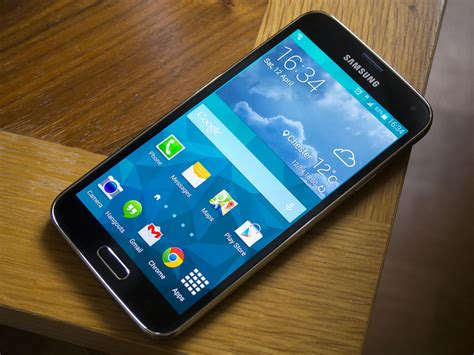 live themes for samsung galaxy s5 lollipop update for galaxy s5 going live in more european