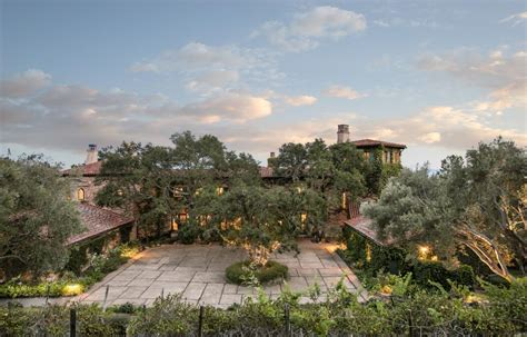 jeff bridges home the big lebowski star is selling massive cali home for 29 5m