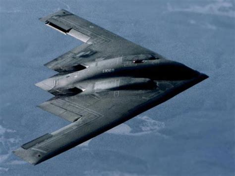 b 2 spirit stealth bomber airforce technology b 2 bomber