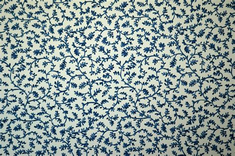 vintage wallpaper blue and white blue floral vintage download wallpaper free