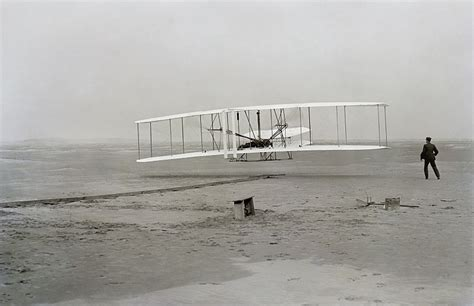 the wright brothers a history from beginning to end books wright brothers the invention of the airplane