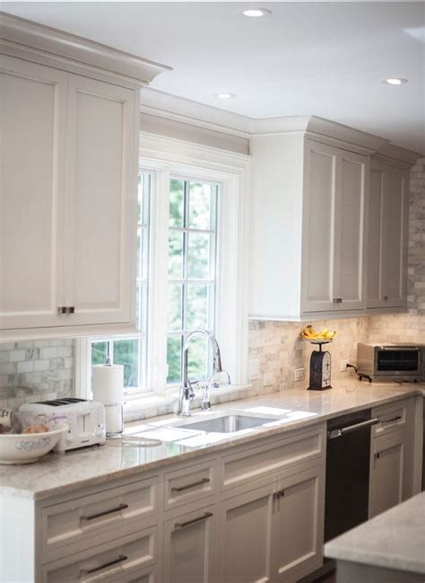 25 best ideas about crown molding kitchen on