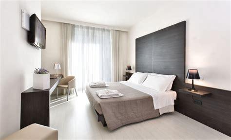 hotel cameri camere suites hotel 4 stelle con spa a montegranaro