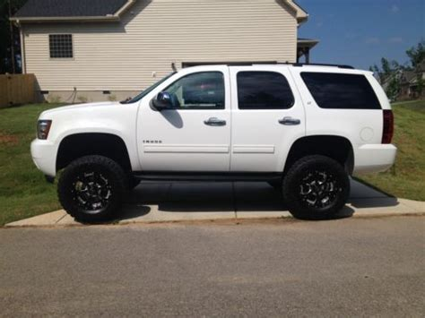 sell    bds lifted  chevrolet tahoe