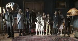 miss peregrine s home for peculiar children look