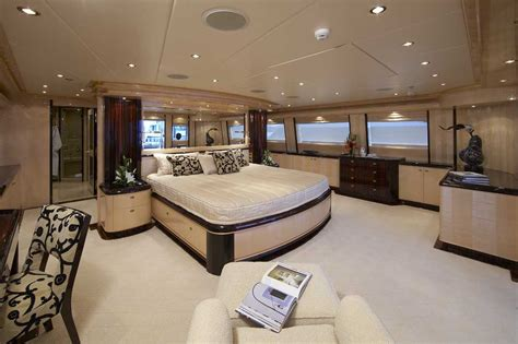 master on suite the master image gallery luxury yacht browser by charterworld superyacht charter