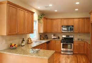 Kitchen With Light Oak Cabinets by Charleston Light Kitchen Cabinets Home Design
