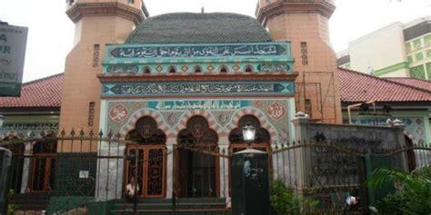 Karpet Masjid Di Tanah Abang masjid al makmur oase di tengah pusat ekonomi tanah abang