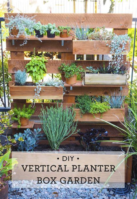 Vertical Garden Planter Boxes Best 25 Vertical Planter Ideas On Hanging