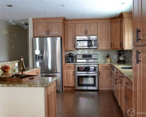 maple kitchen ideas maple kitchen cabinets ideas pictures remodel and decor