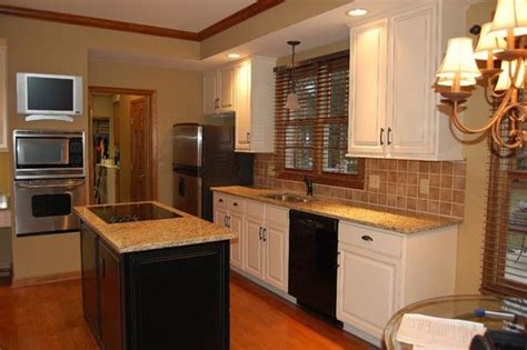 white cabinet doors with oak trim 79 best kitchen images on beautiful kitchen