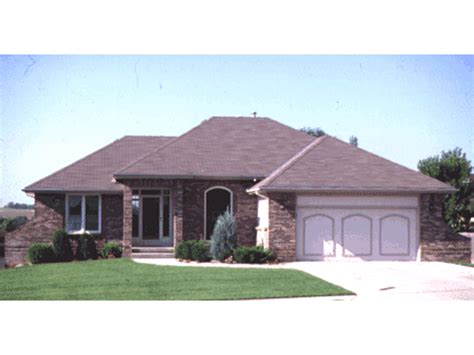 hipped roof house plans pics for gt hip roof house