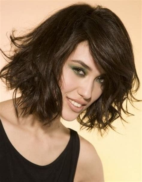 hip medium length haircuts shoulder length trendy haircuts