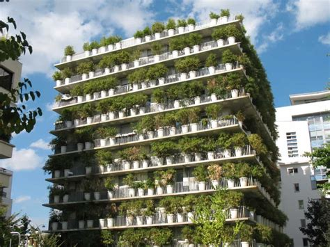 Vertical Garden Building 5 Amazing Vertical Gardens Shed Garden Buildings