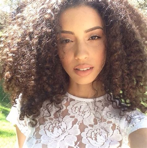instagram photo by santinihoudini christina santini 10 images about christina santini on pinterest her hair