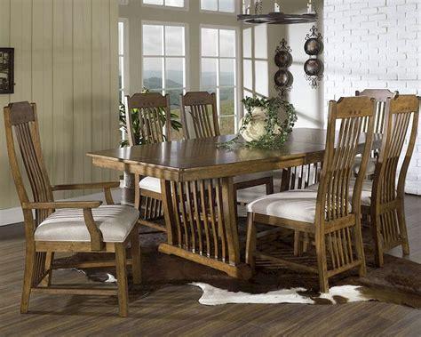 craftsman dining set  somerton dwelling   set