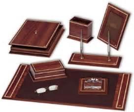 Luxury Office Desk Accessories Luxury Leather And Wood Desk Set Buy Luxury Leather Desk Sets Product On Alibaba