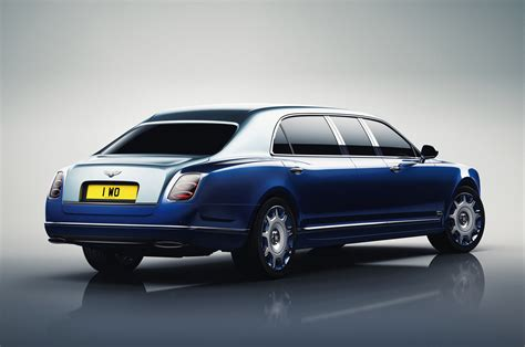 bentley mulsanne grand limousine bentley reveals mulsanne grand limousine by mulliner