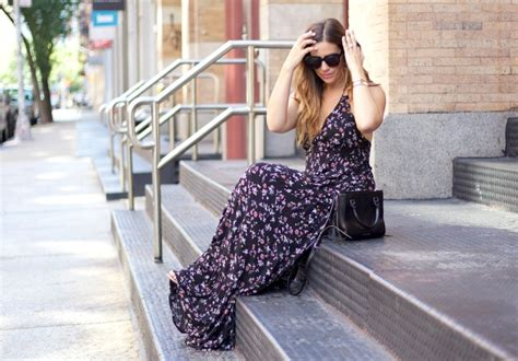 Cuin Flower Gamis Dress Maxi black floral maxi dress sunflowers and stilettos